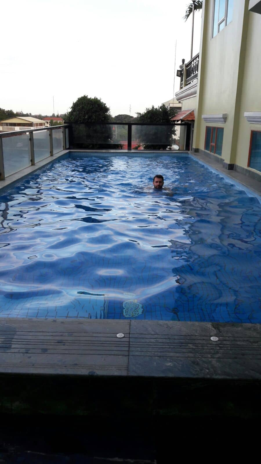 Rooftop Pool Seng Hout Hotel