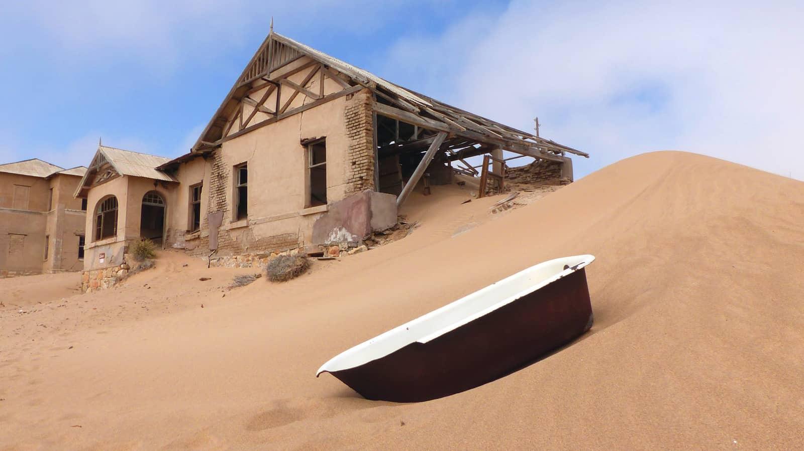 Kolmanskop Sand Dune + Bath Tub