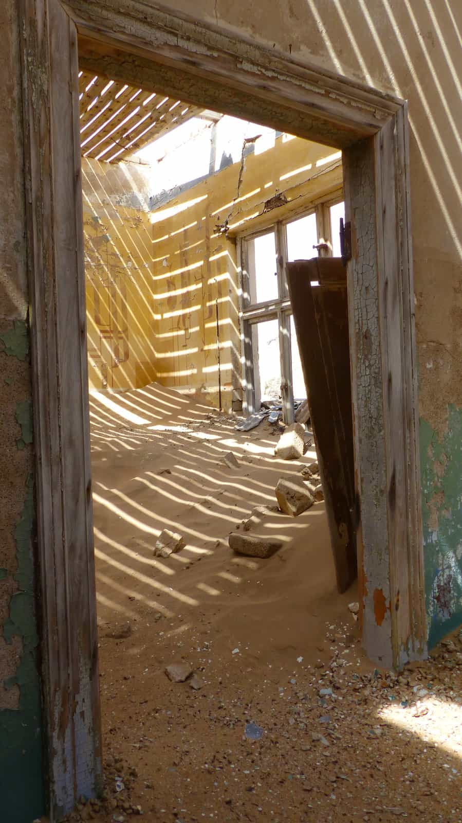 Kolmanskop abandoned house