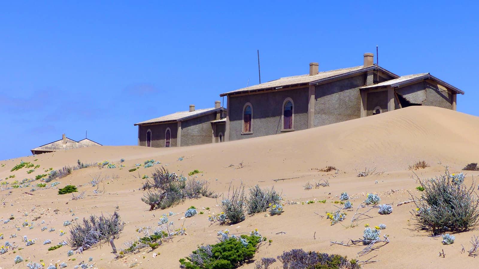 Kolmanskop Houses